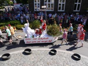 Schubkarrenrennen Morsbach_21.07.2013_015CBuchen