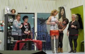 K800_Theatergruppe Morsbach Generalprobe_05.11.2015_121FotoCBuchen
