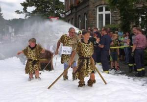 K800_Schubkarrenrennen Morsbach_24.07.2016_040FotoCBuchen